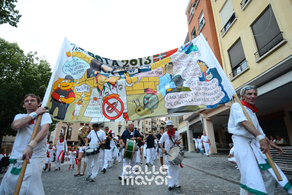 13-08-03 - fiestas de estella - calle mayor comunicacion y publicidad (89)