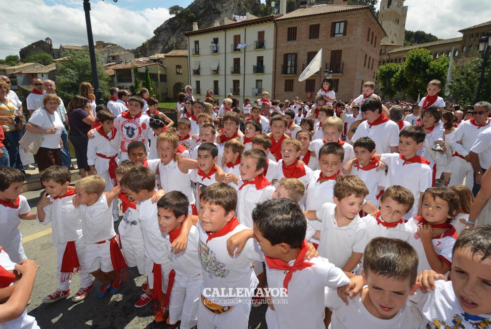 12-08-05 - fiestas de estella - calle mayor comunicacion y publicidad (59)