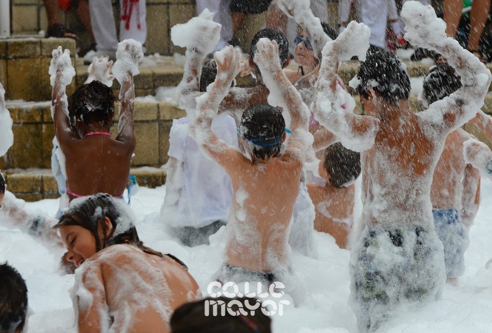 13-08-07 - fiestas de estella - calle mayor comunicacion y publicidad (76)