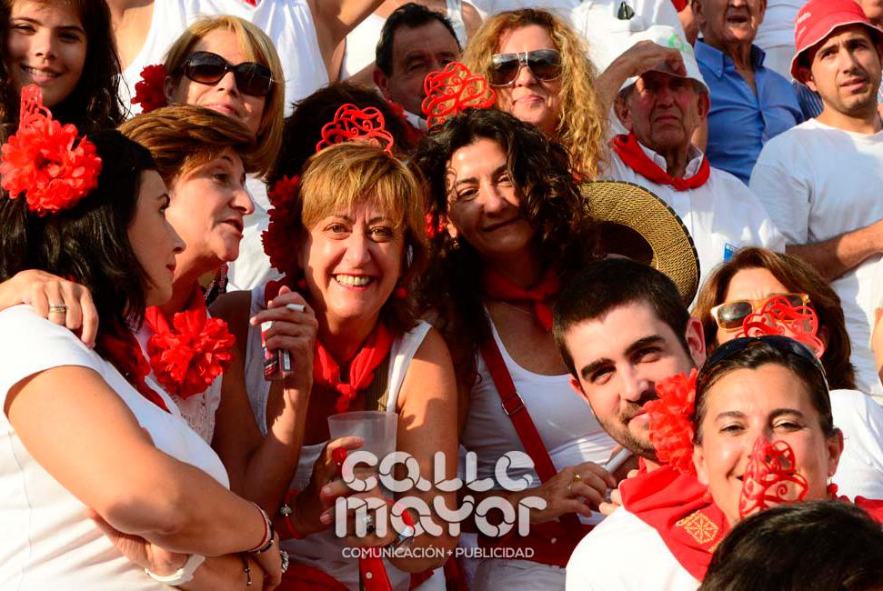 14-08-03-fiestas-de-estella-calle-mayor-comunicacion-y-publicidad-143