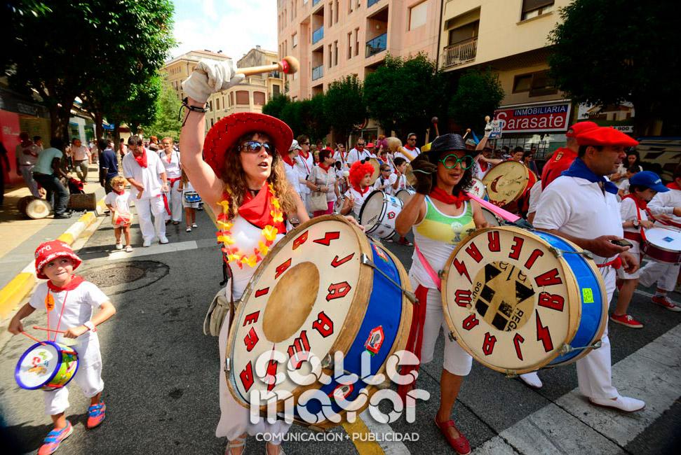 14-08-04-fiestas-de-estella-calle-mayor-comunicacion-y-publicidad-085