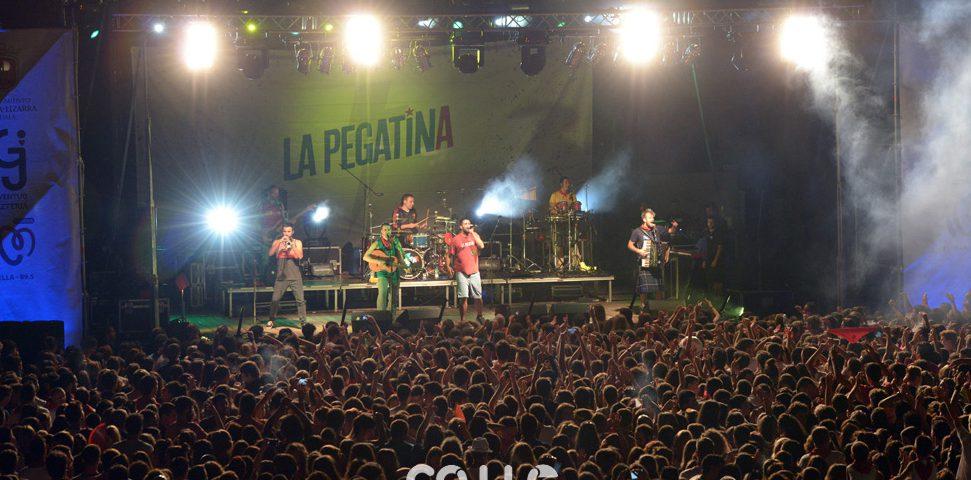 15-08-04-fiestas-de-estella-calle-mayor-comunicacion-y-publicidad-(149)